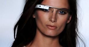 Новый стиль для Google Glass будет от DVF