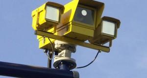 «Лихачей» за пределами города продолжают контролировать фотофиксаторы.