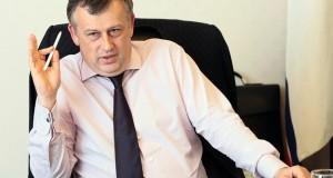 Губернатор Ленобласти считает падение рубля эффективным для экономики