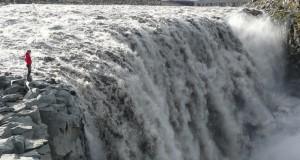 Самый большой водопад в Европе создали наводнения