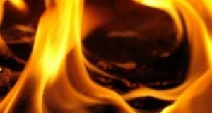 В Санкт-Петербурге сгорел ангар с пластиковыми изделиями