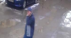 В Петербурге разыскивают маньяка с канцелярским ножом