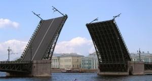 На майские праздники мосты в Петербурге не будут разводить