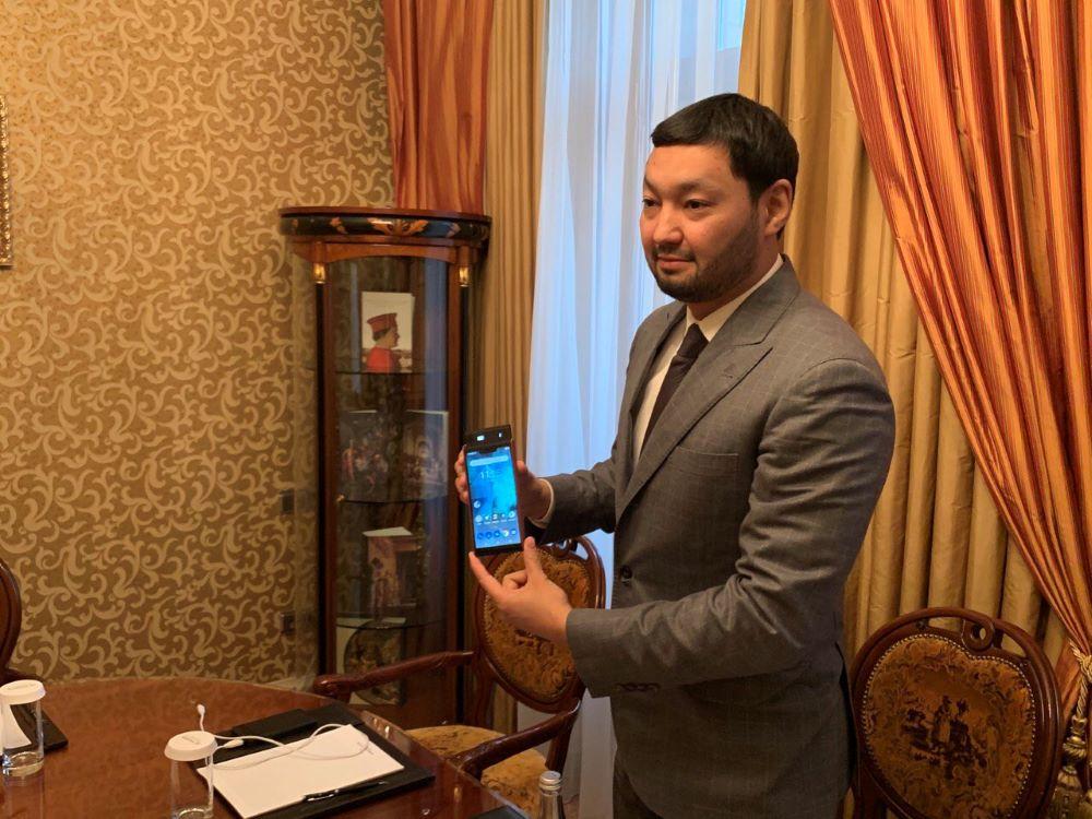 Батареи СторДот - одна из инвестиций Кенеса Ракишева.